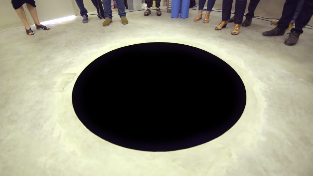 Museum Visitor Falls Into Giant Hole That Looks Like a Cartoonish Painting on the Floor