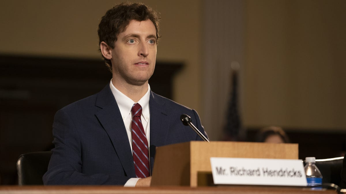 Silicon Valley's final season puts Pied Piper at the top, ready to fall down