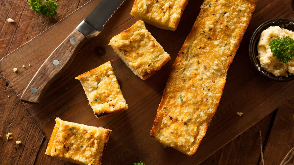 The five best methods for making garlic bread