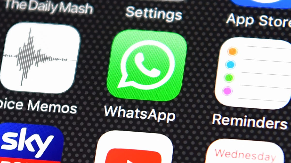 WhatsApp Says It Won't Be Scanning Your Photos for Child Abuse thumbnail