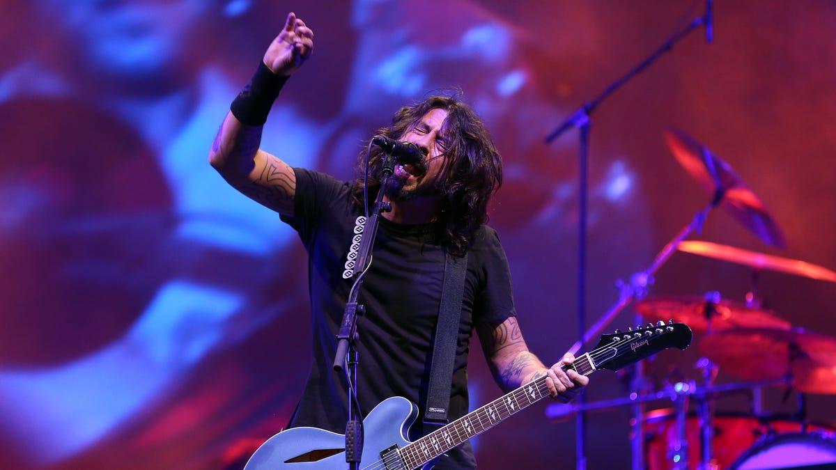 Foo Fighters heading back to the studio to record 10th studio album
