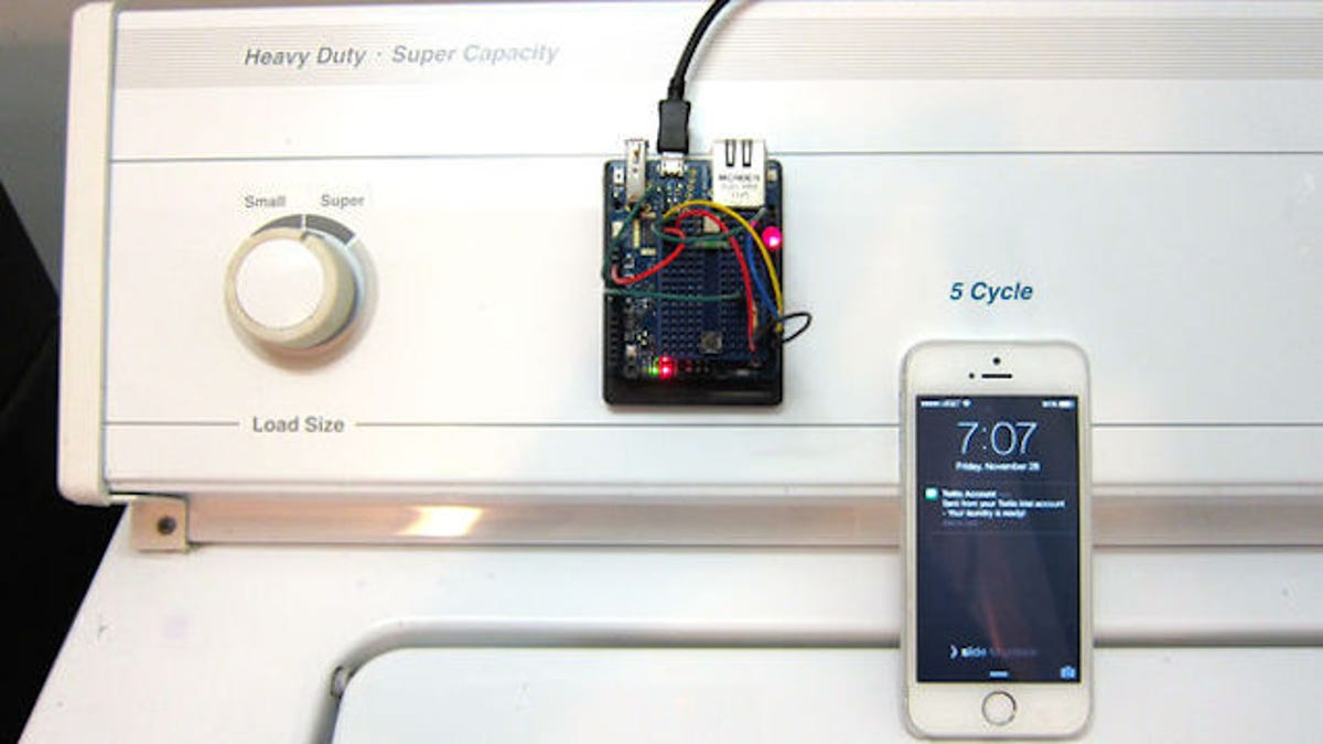 This Arduino Alert System Sends You a Text When the Laundry Is Done