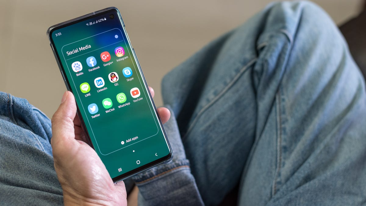 How to Get 'Android 10' on Your Samsung Galaxy S10 Right Now