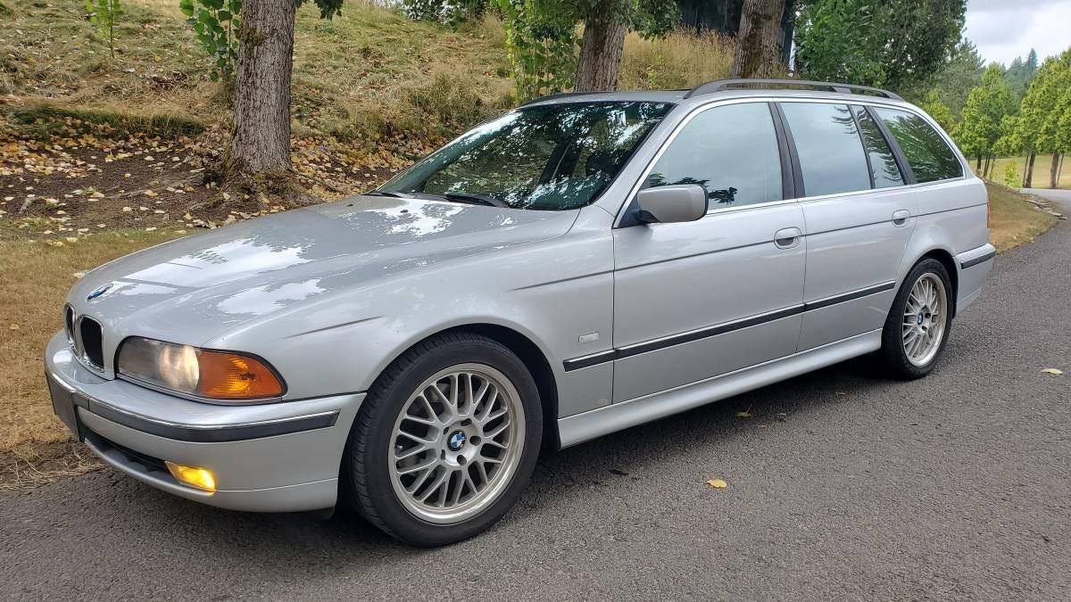 Wird dieser BMW 528i Wagon aus dem Jahr 2000 für 5.900 $ ein schneller Nachlassverkauf sein?