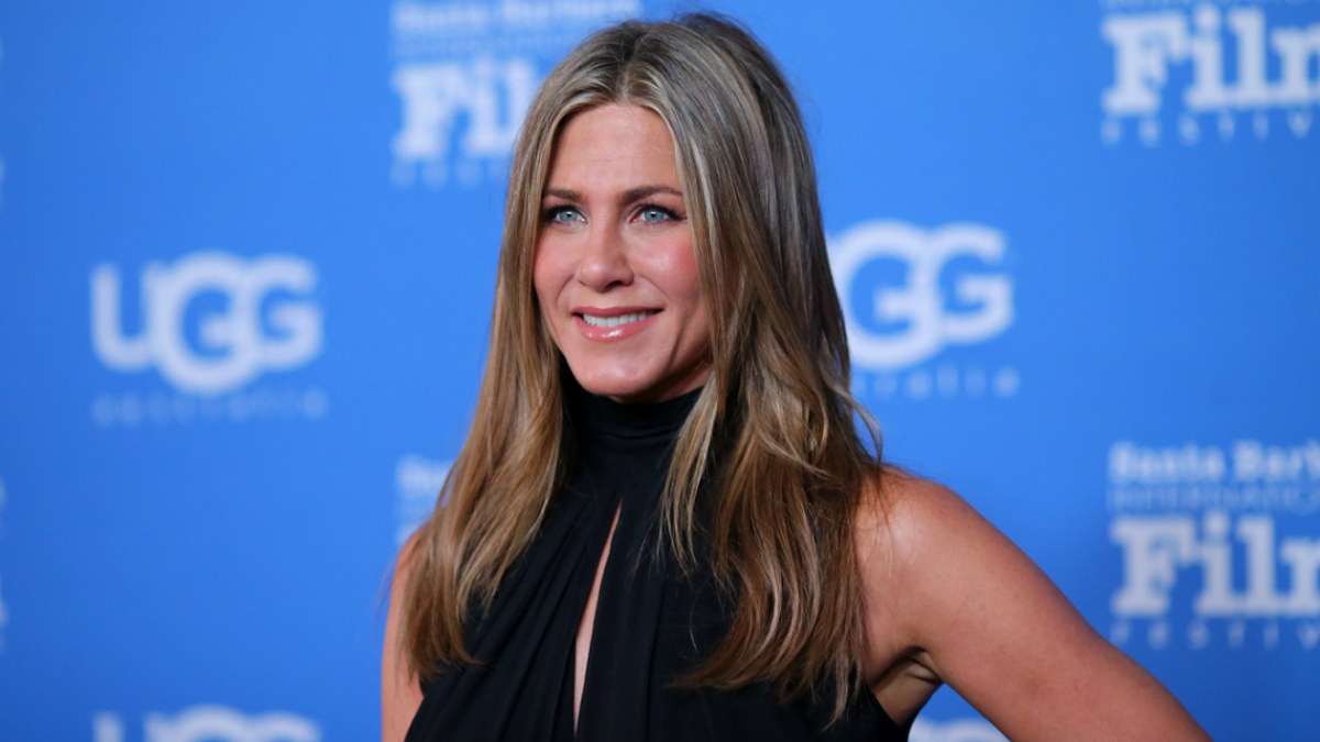 Jennifer Aniston Says She Didn't Have Sex With David Schwimmer, But If She Did, She'd Definitely Tell Us