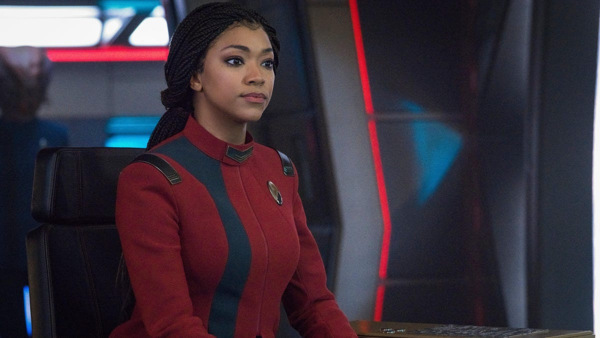 Star Trek: Discovery Doesn't Have a New Trailer But It Finally Has a Season 4 Premiere Date thumbnail