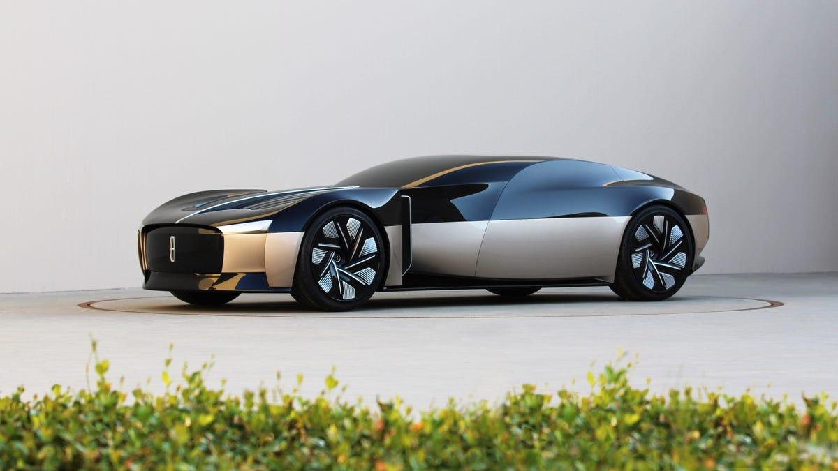 Das Lincoln Anniversary Concept zeigt, wie ein Town Car im Jahr 2040 aussehen sollte