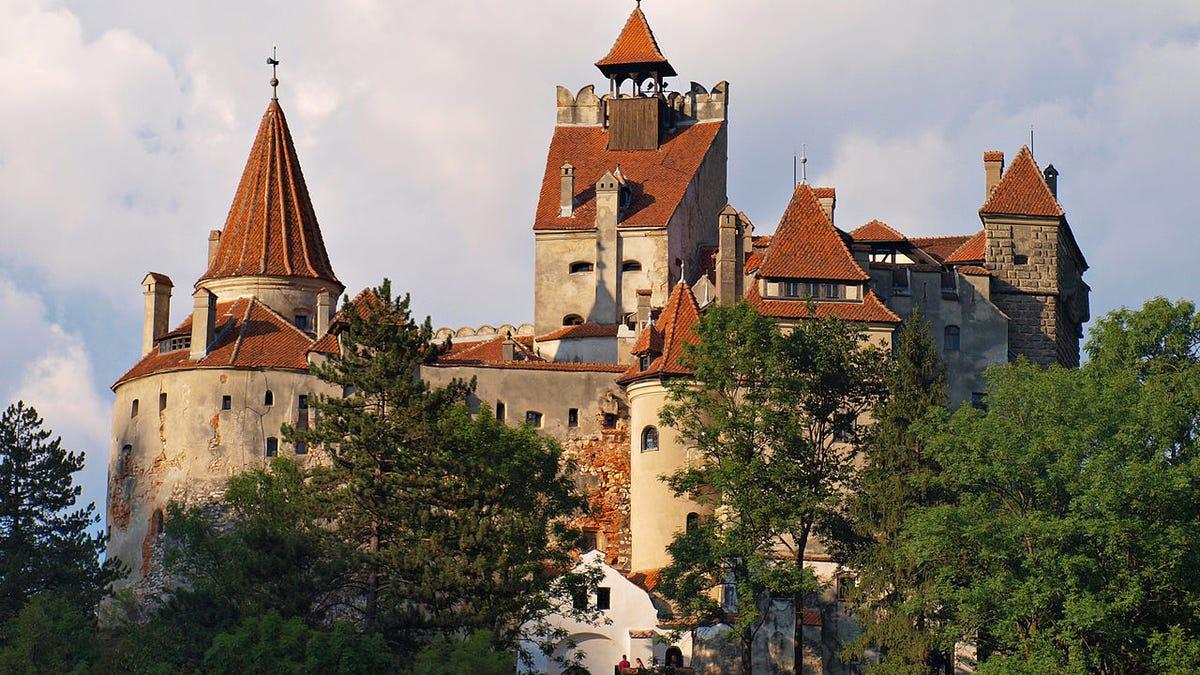 El castillo de Drácula en Rumania está vacunando a los turistas