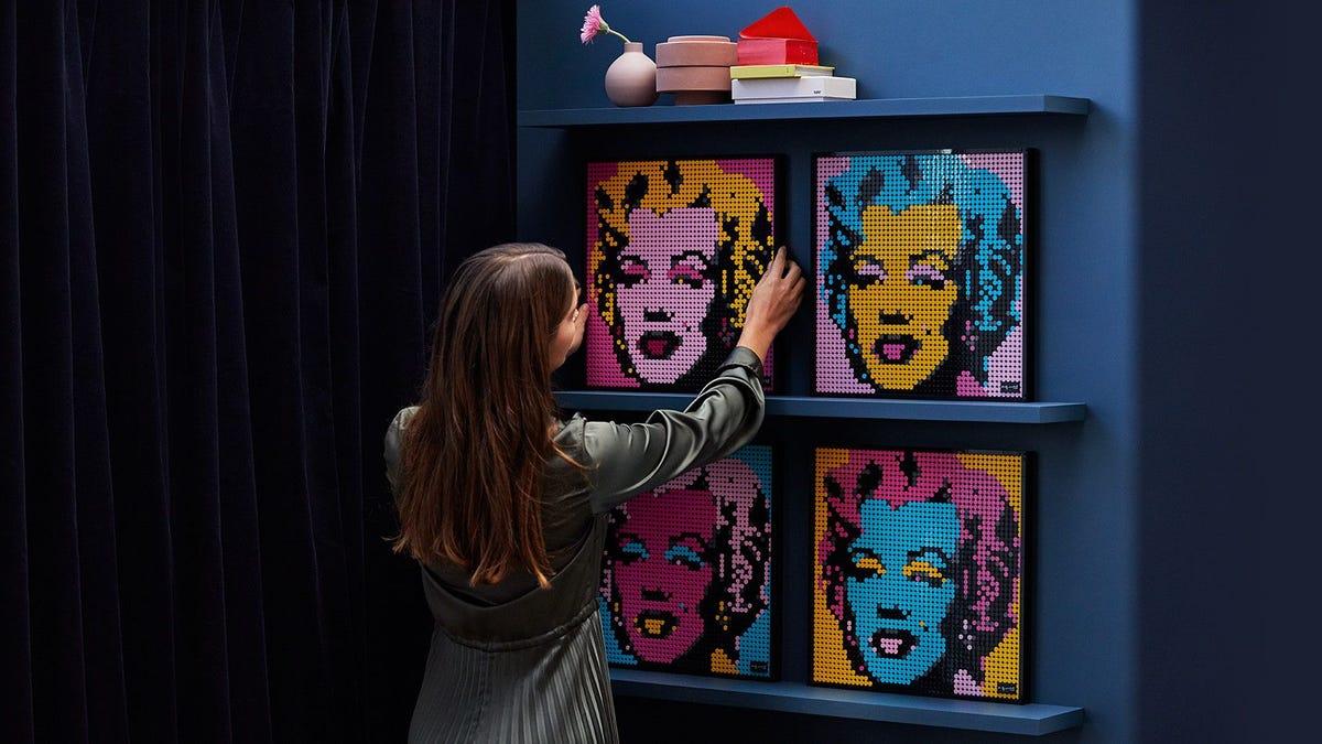 Lego lanza una línea completamente nueva con cuadros pop art