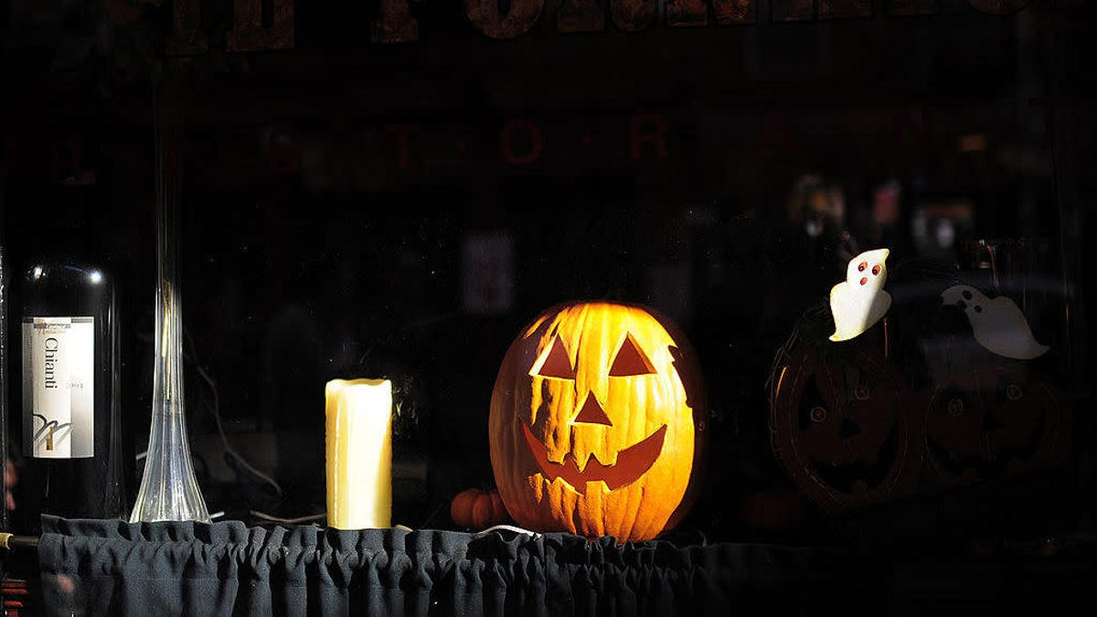Last Call: Have you ever eaten in a haunted restaurant?