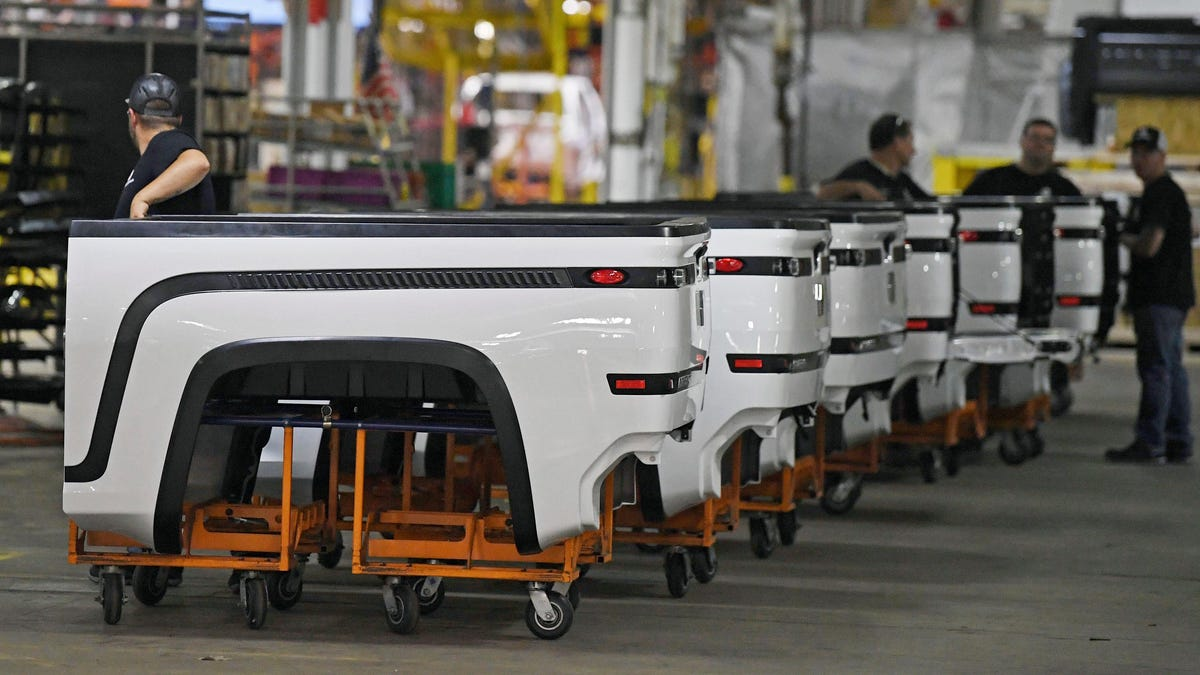 Lordstown Motors Is Trying To Stay Afloat