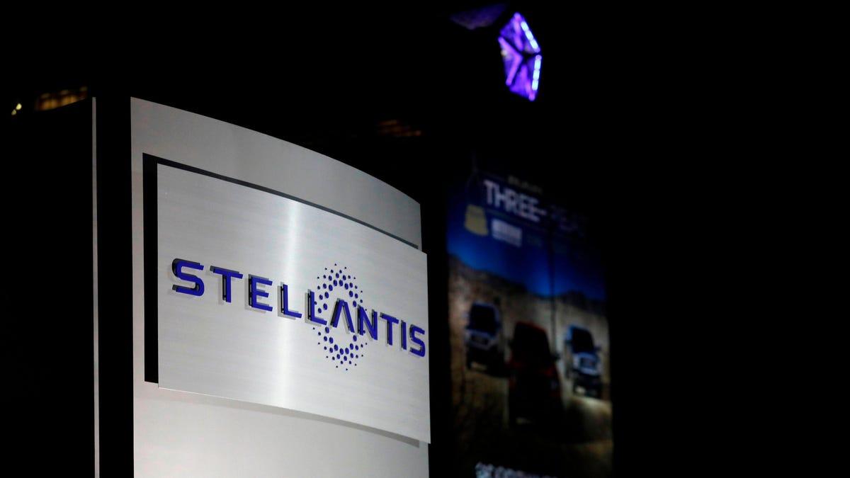 Stellantis buys subprime lender to set up financing arm