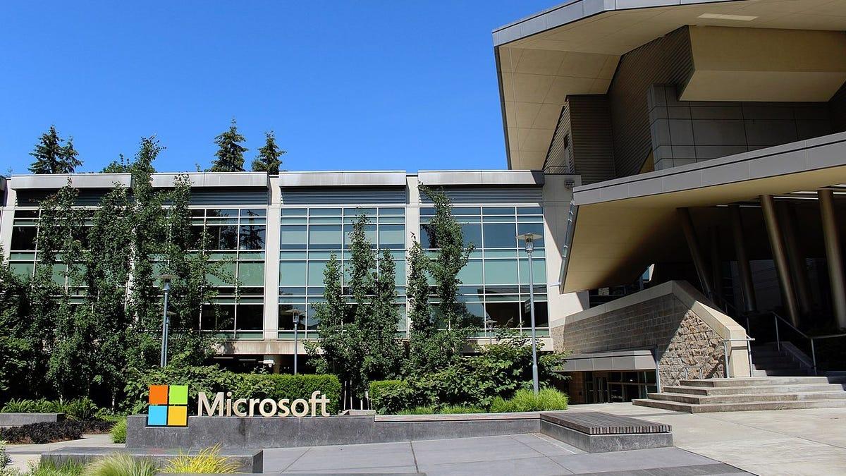 Microsoft revela los resultados de su semana laboral de cuatro días en Japón: aumentó la productividad en un 4