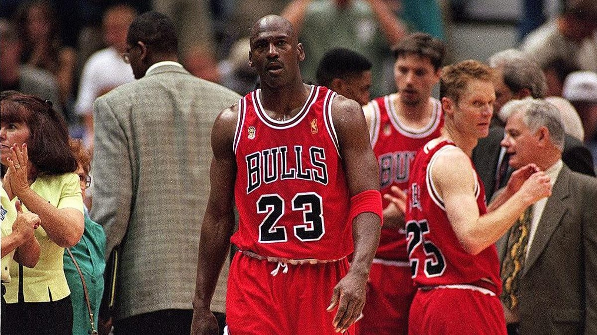 "The guy who made Michael Jordan's ""flu game"" pizza stands by his pie"