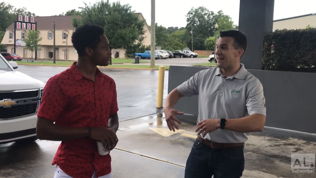 Determined College Student Walked 20 Miles to New Job, So His Boss Gave Him a Car