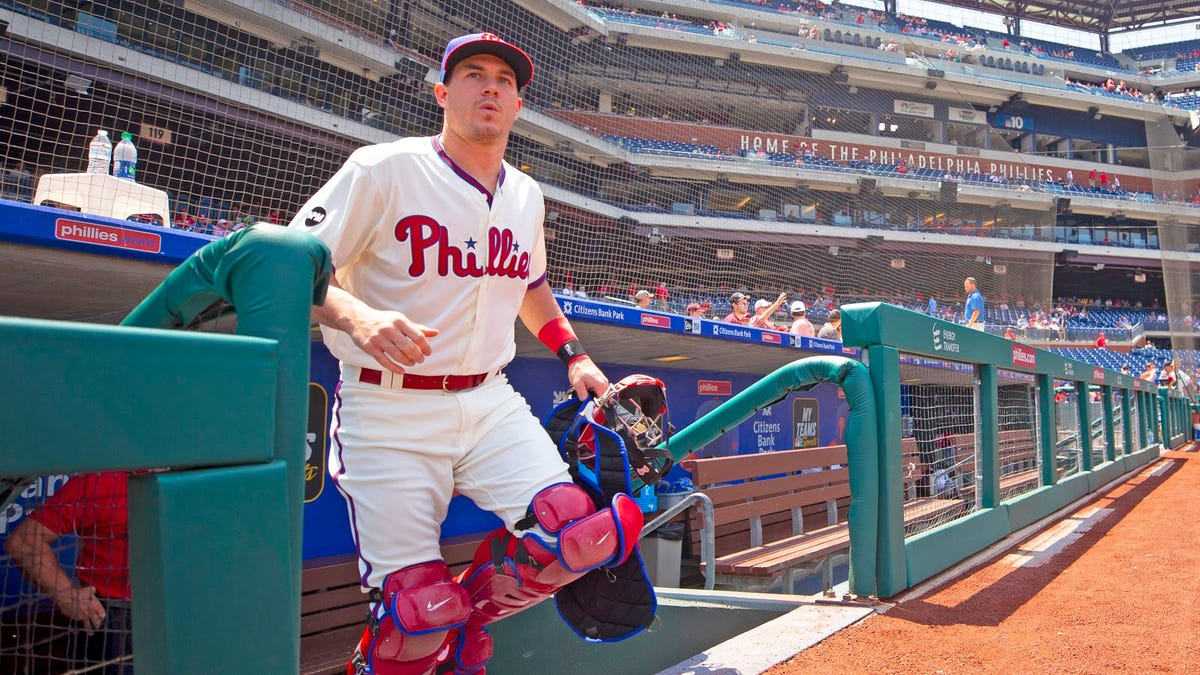 Phillies forced to bring back J.T. Realmuto because they made a decade's worth of mistakes