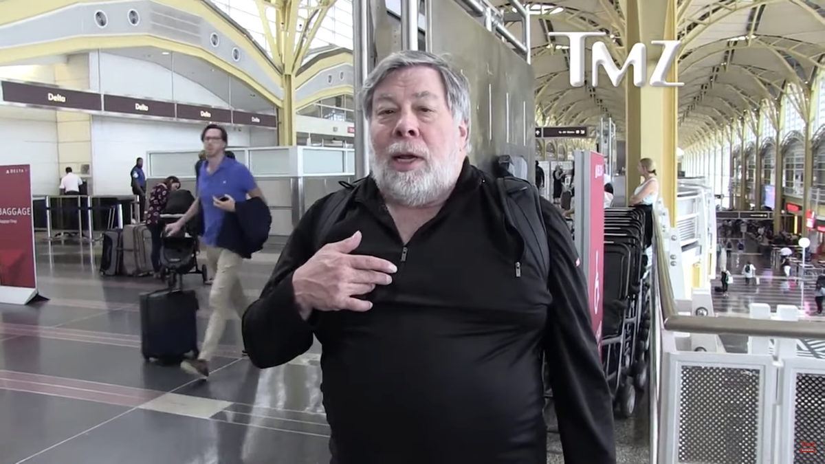 Apple Cofounder Steve Wozniak Says Most People Should Get Off Facebook Permanently