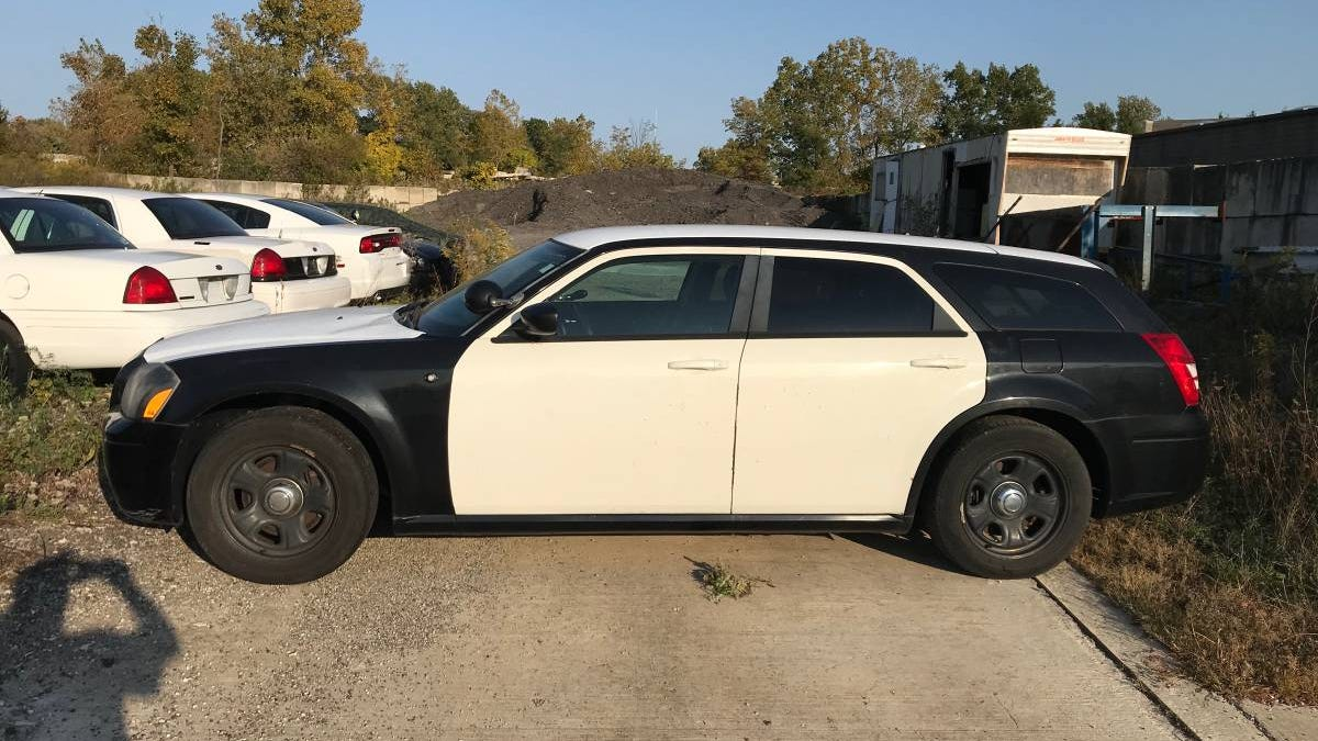 At $3,500, Would You Cop A Deal For This 2007 Dodge Magnum Police Car?