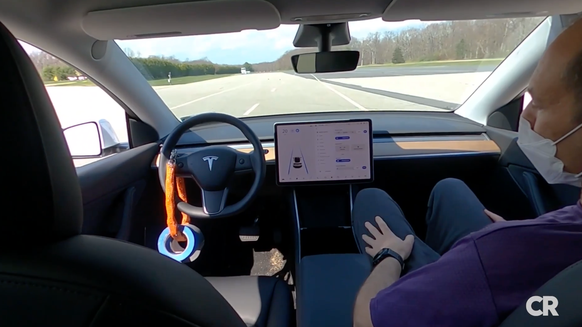 Consumer Reports Shows How Easy It Is To Use Tesla Autopilot With No One In The Driver's Seat