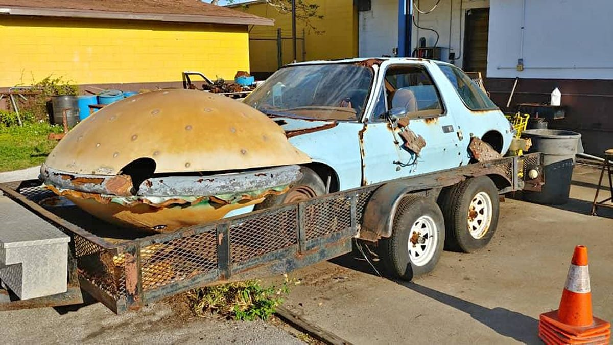 Only '90s Kids Will Remember This Tragic Hamburger Car