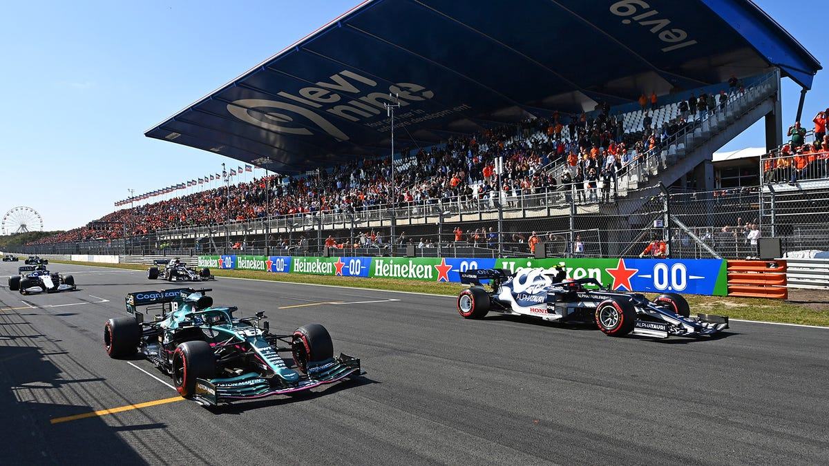Netflix Would Be Dumb Not To Buy The Rights To Stream F1