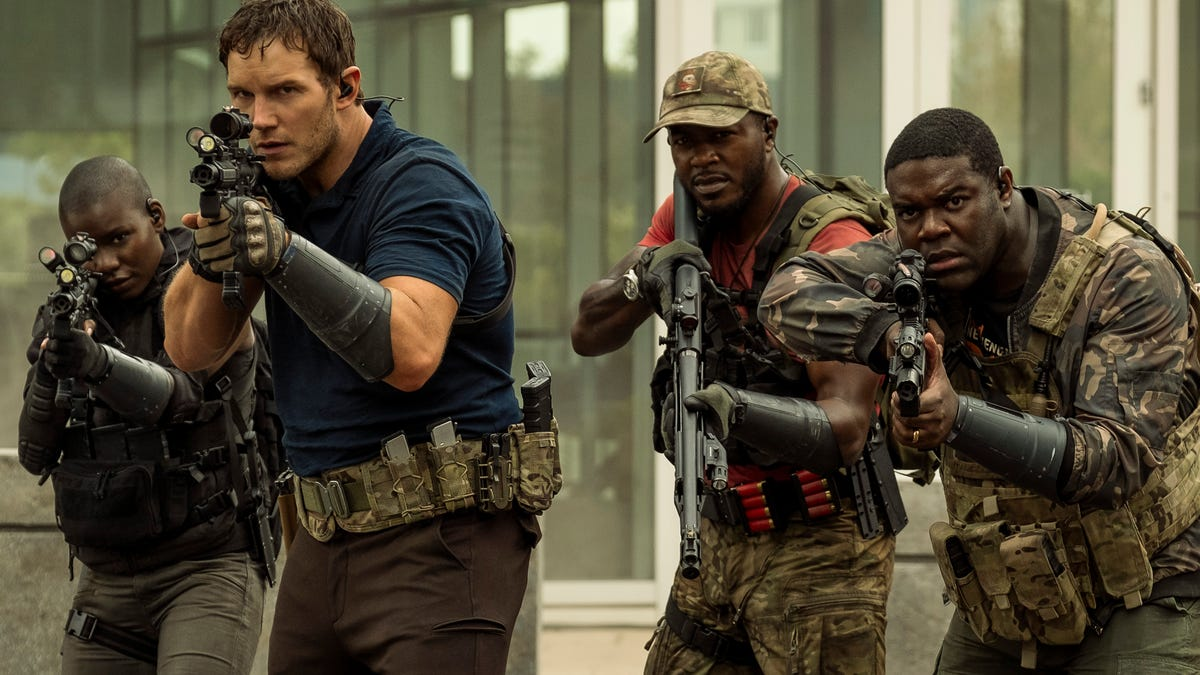If aliens attacked, Sam Richardson would probably pee his pants