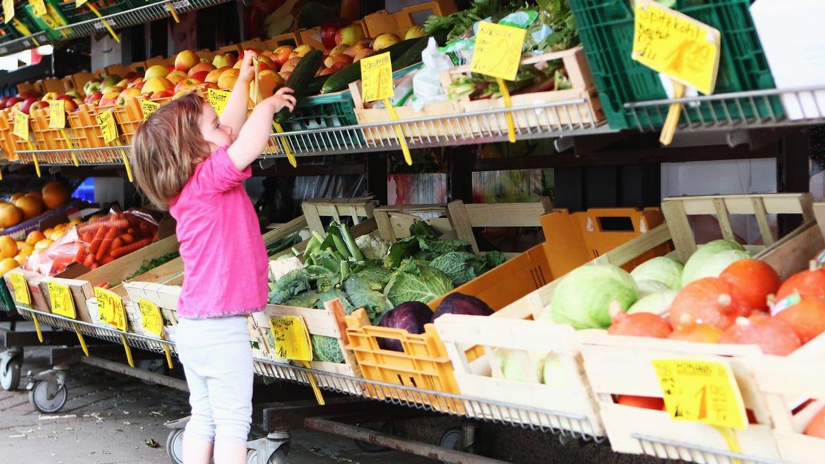 "Supermarket gets kids to eat veggies by renaming them ""orange rockets"" and ""dragon teeth"""