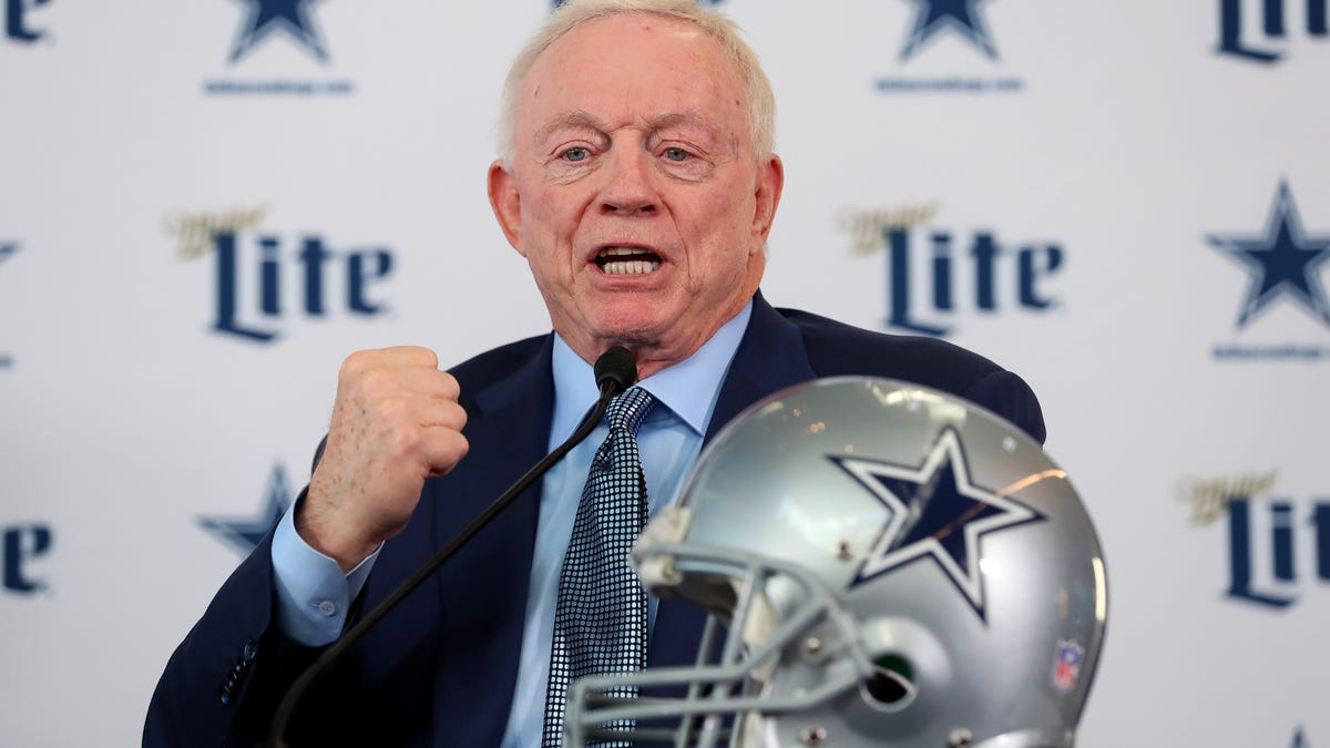 Does Jerry Jones Have an Ulterior Motive Behind His Pro-Vaccine Stance?