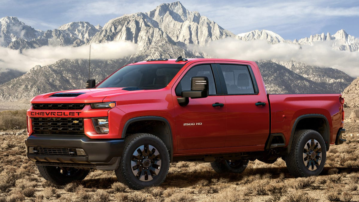 The 2020 Chevrolet Silverado Hd Duramax Diesel Can Tow Up To 35 500 Pounds With 910 Lb Ft Of Torque