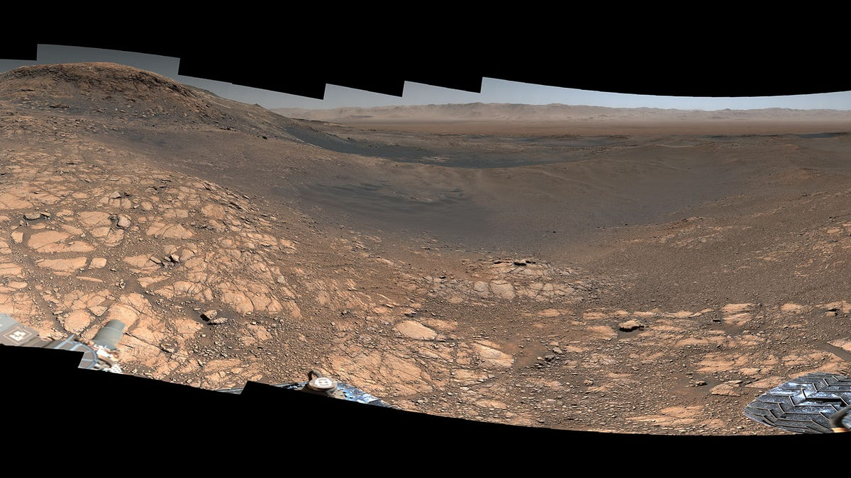See Curiosity's Highest-Resolution Panorama of Mars Yet