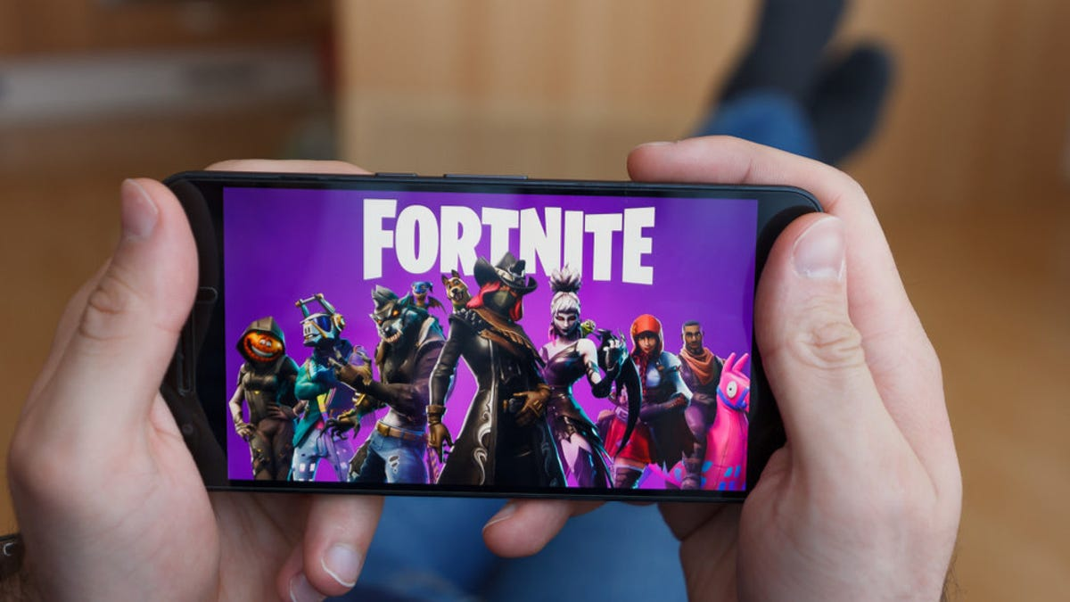 How to Sneak Fortnite on Your iPhone