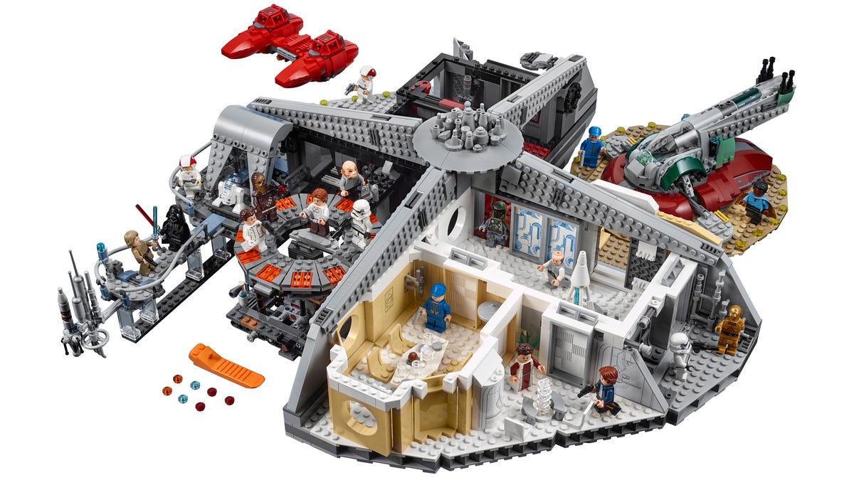 Lego Finally Gives Lando the Monstrous 2,800+ Piece Cloud City He Deserves