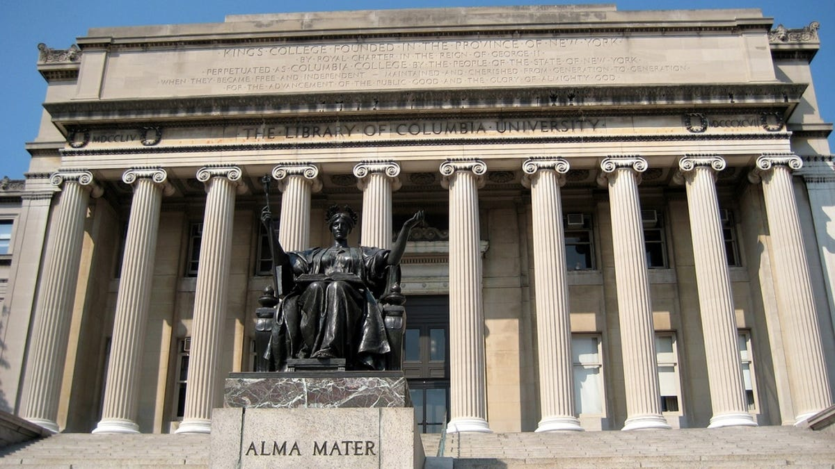 Columbia Charges Rape Protestors 471 To Clean Up Dirty Mattresses-6619