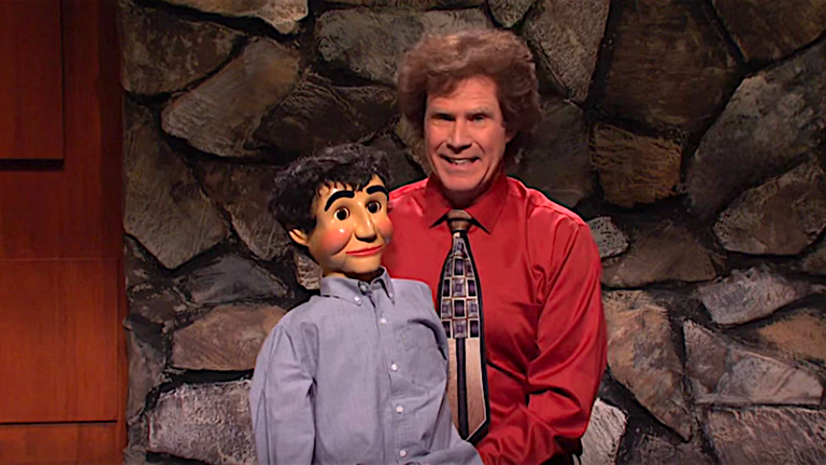 On SNL, five-timer Will Ferrell gets plenty of help, doesn't need any of it