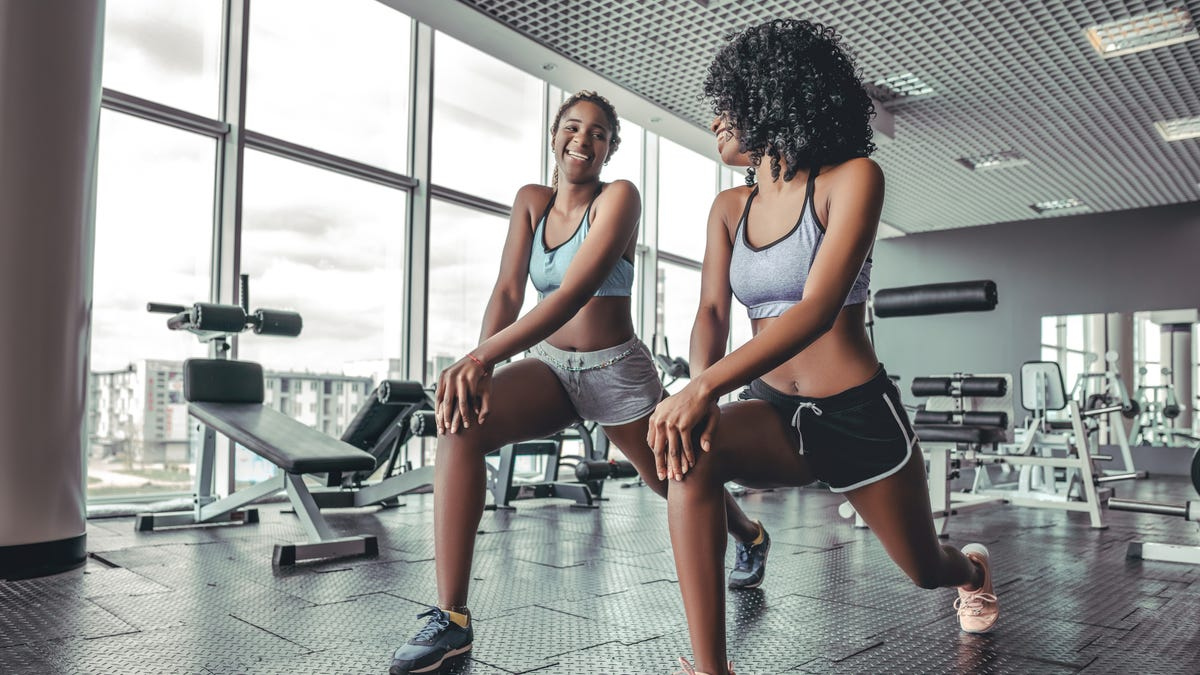 How to Keep People From Talking to You at the Gym