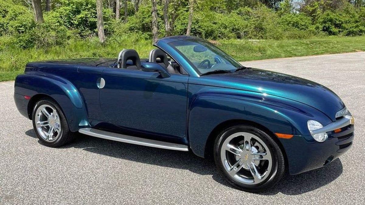 Bei $ 36.000, könnte diese Low-Mileage 2005 Chevy SSR Pickup Ihre Geister?