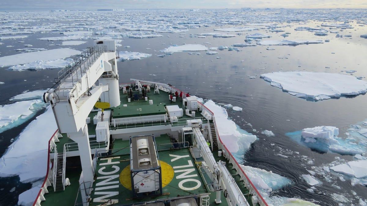 Ancient Antarctic Ice Sheet Loss Dwarfs Modern Melting, Study Finds