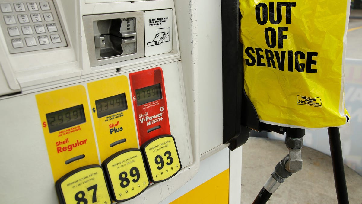 Gas Is Back: Colonial Opens Up the Corpse Juice Hoses Just as Much of East Coast Runs Out