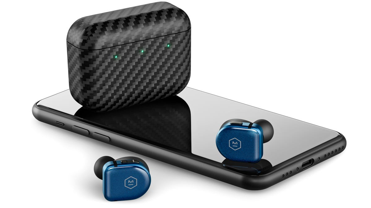 Master & Dynamic's Incredible MW08 Earbuds Finally Get Wireless Charging thumbnail