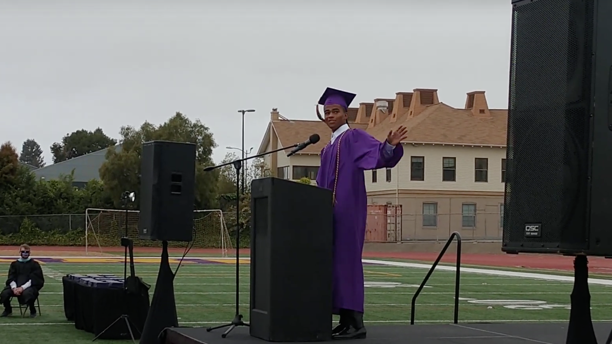 18-Year-Old Gives Inspiring Speech After Becoming 1st Black Male Valedictorian at California High School