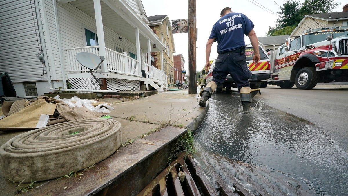 'Re-Energized' Ida Wreaks Widespread Havoc Across the East Coast thumbnail