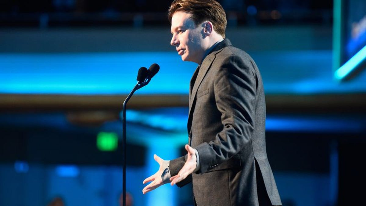 Mike Myers to play improv legend Del Close, will need a quick suggestion