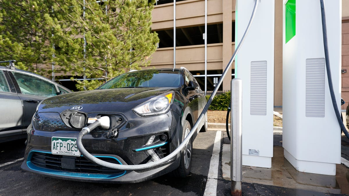 How to Ensure Electric Vehicle Charging Infrastructure Is Accessible to Everyone thumbnail