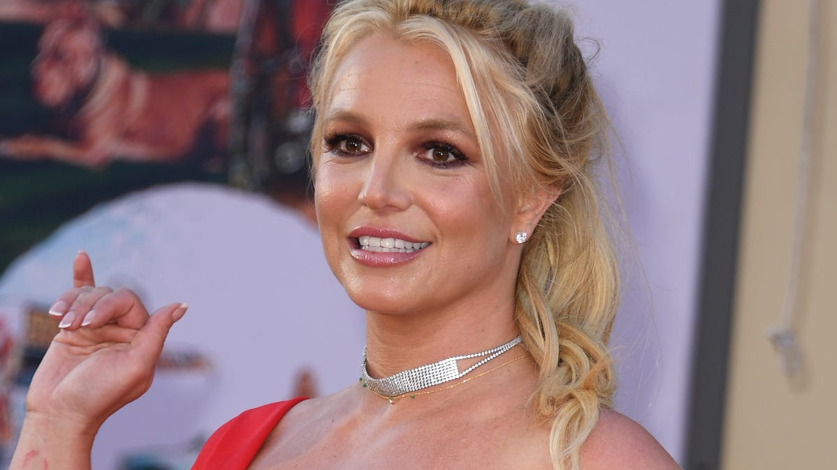 New Documentary Claims Britney Spears's Bodyguards Took Bribes From Paparazzi
