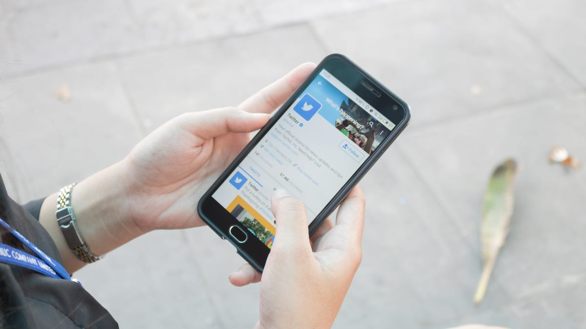 How to Curb Your Twitter Addiction