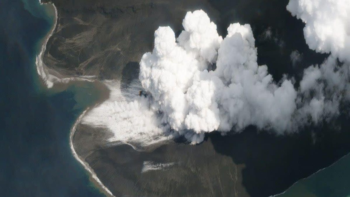 Eruption of Indonesian Volcano in 2018 Generated a Tsunami at Least 330 Feet High