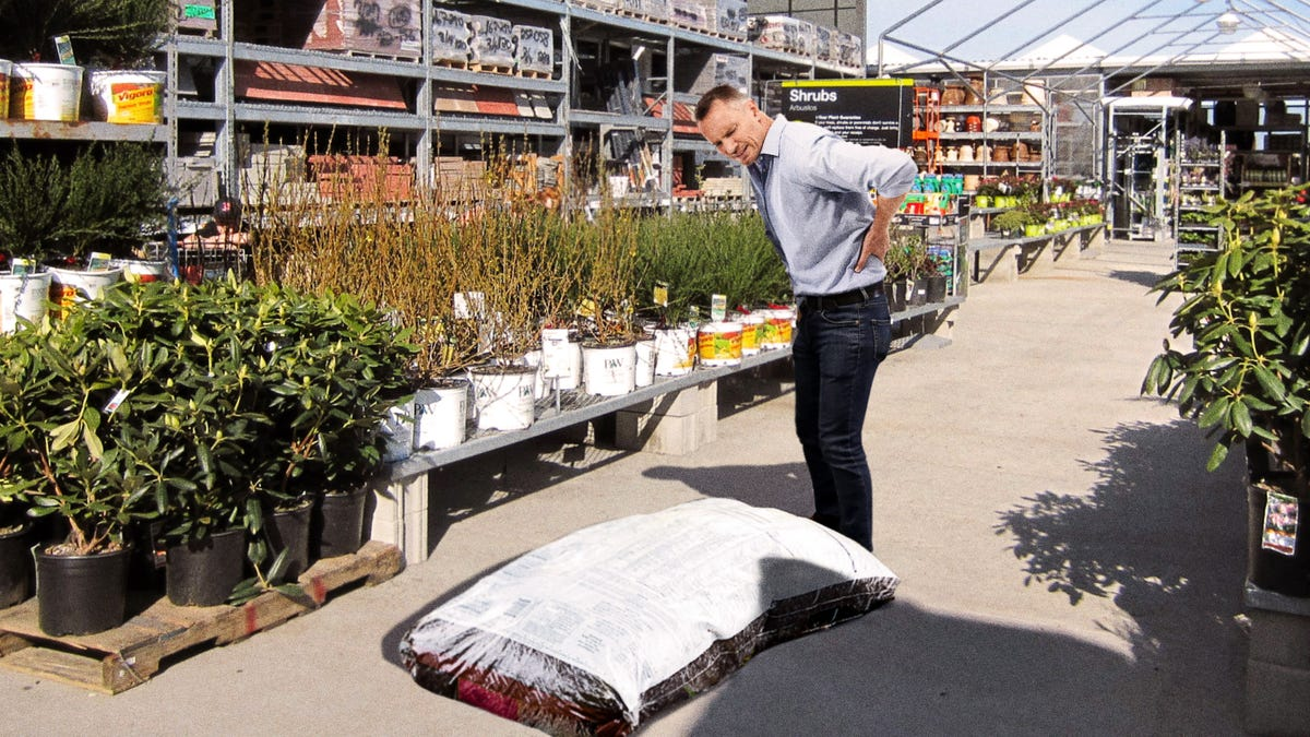 Home Depot Introduces New 100-Pound Bag Of Mulch For ing ... on tree home furniture, tree patio, tree home design, tree interior, tree home water, tree bathroom,