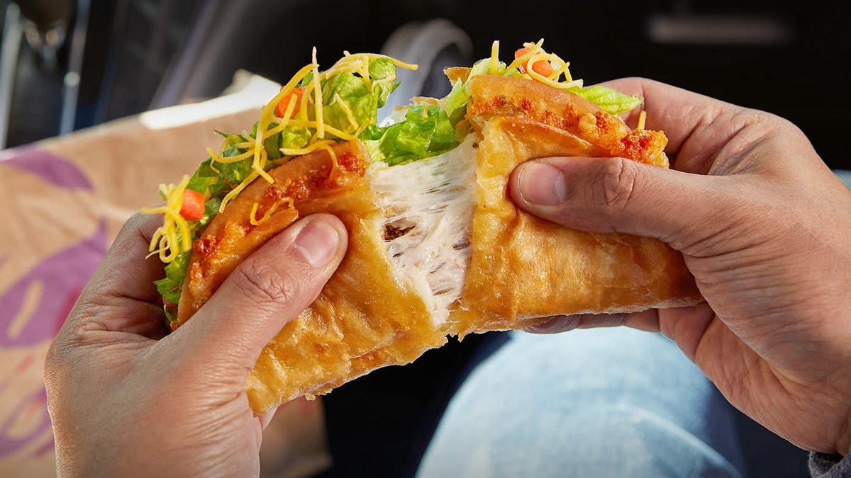 The Quesalupa has returned to Taco Bell: let us rejoice and be glad - The Takeout