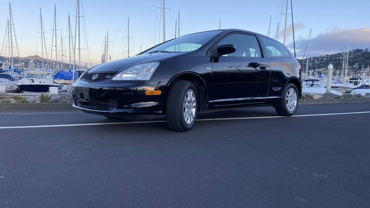 At $8,800, Is This 2003 Honda Civic Si A Hatch You Might Back?