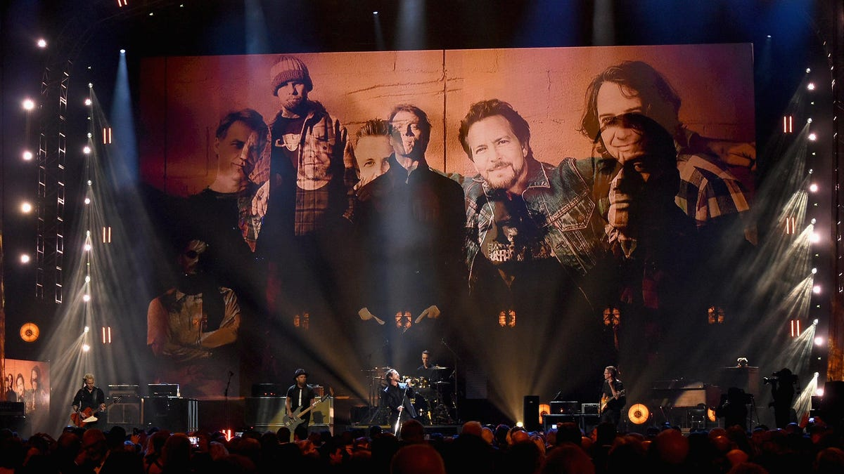 Pearl Jam releases 186 old live shows that would have been, like, amazing to have had last year - The A.V. Club